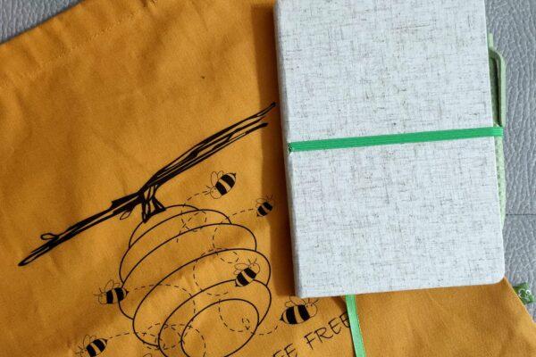 Juta, bamboo, fibra di grano e cotone organico si trasformano con Jacara!